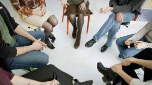 Групповые занятия с психологом по программе 12 шагов